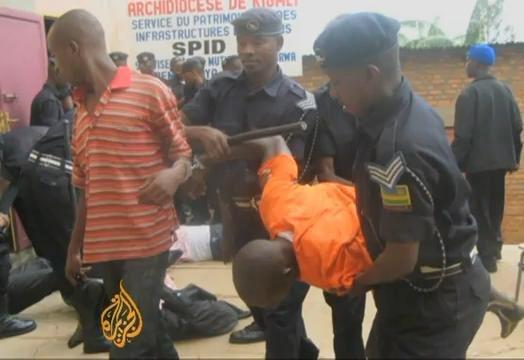 Police imaze guta muri yombi abayoboke b'ishyaka PS Imberakuri! 313414_148758131889001_1553302479_n