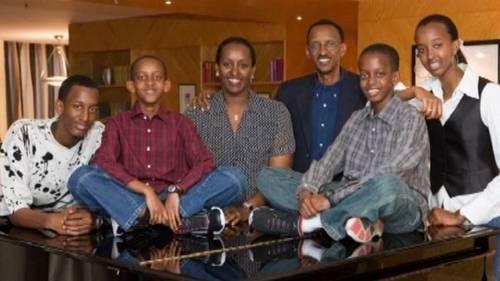 KagameFamilySaveRwa-1