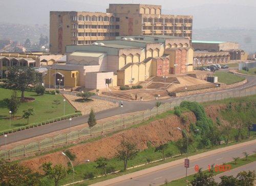 Rwanda:49% by'abanyarwanda bemeza ko nta jambo bafite mu gihugu. ParliamentBuilding