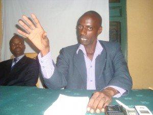 Ishyaka PS Imberakuri riratabariza Andrew Muganwa 13434_108598612521481_100001140296123_60107_3438317_n-300x225