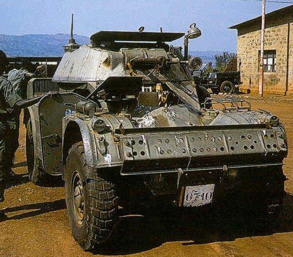 AML-90_1_RWANDA