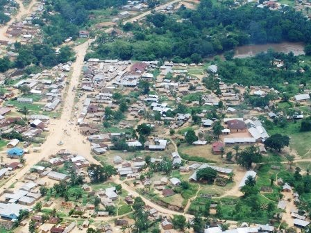 Walikale: Raia Mutomboki irahiga abanyarwanda bukware! CSC_7295
