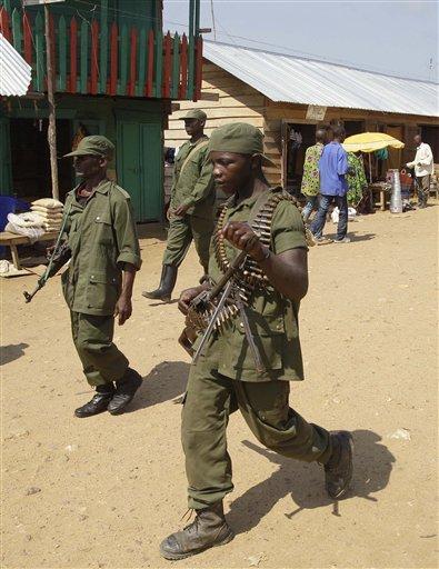 Raia Mutomboki yafashe umujyi wa Walikale Congo-Violence-Without-End-JPEG-10