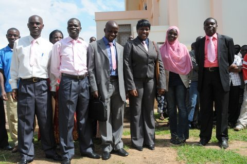 TURASHINGANA ABAYOBOZI BA FDU-INKINGI MU RWANDA BAKOMEJE GUTOTEZWA FDU-members-in-pink-ties